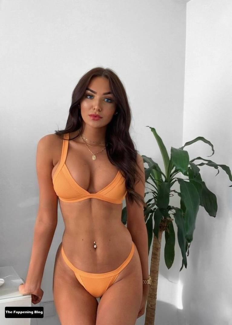 Amber Phillips Sexy 13