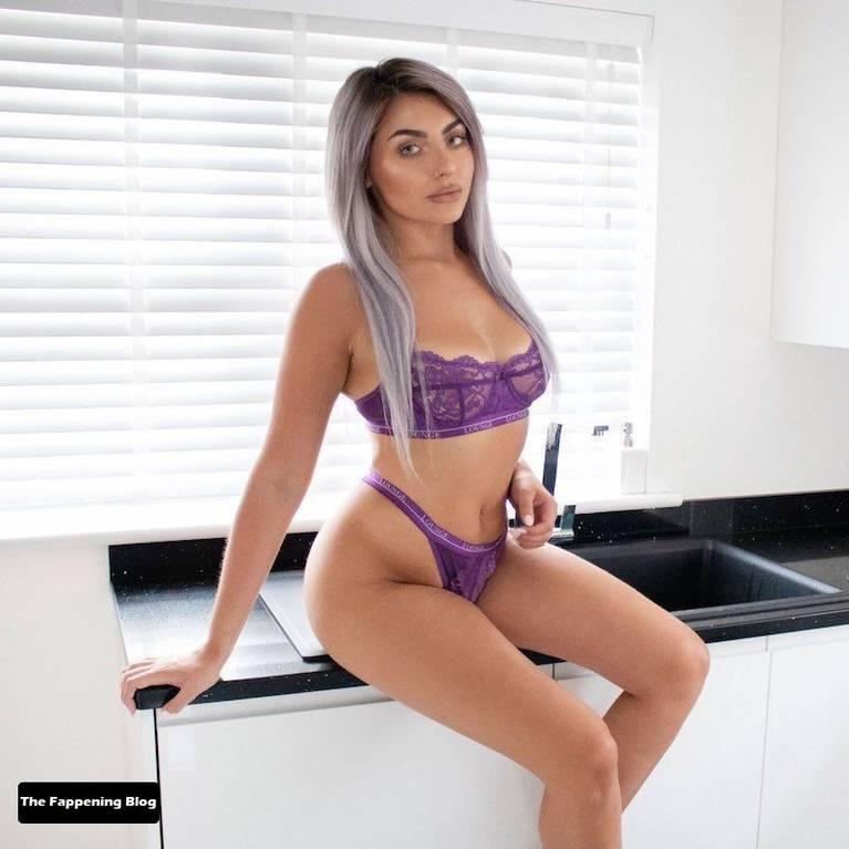 Amber Phillips Sexy 18
