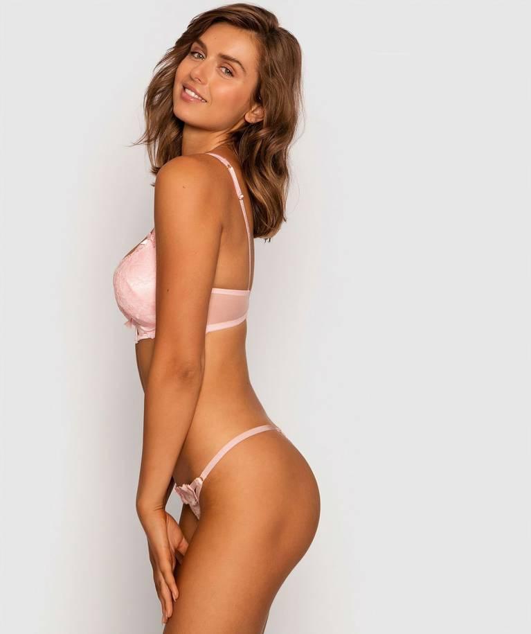 Anastasiya Jepsen Sexy 30