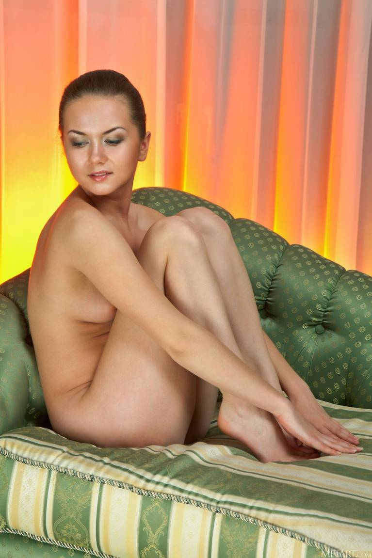 Andere A Nude 30