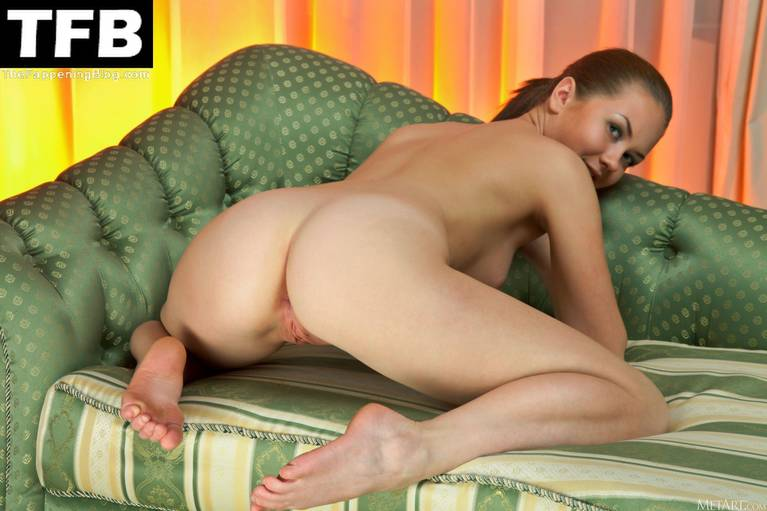 Andere A Nude 35