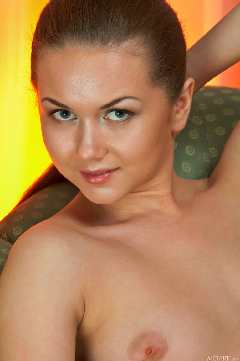 Andere A Nude 85