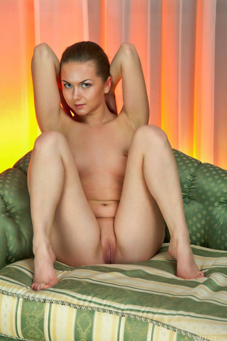 Andere A Nude 104