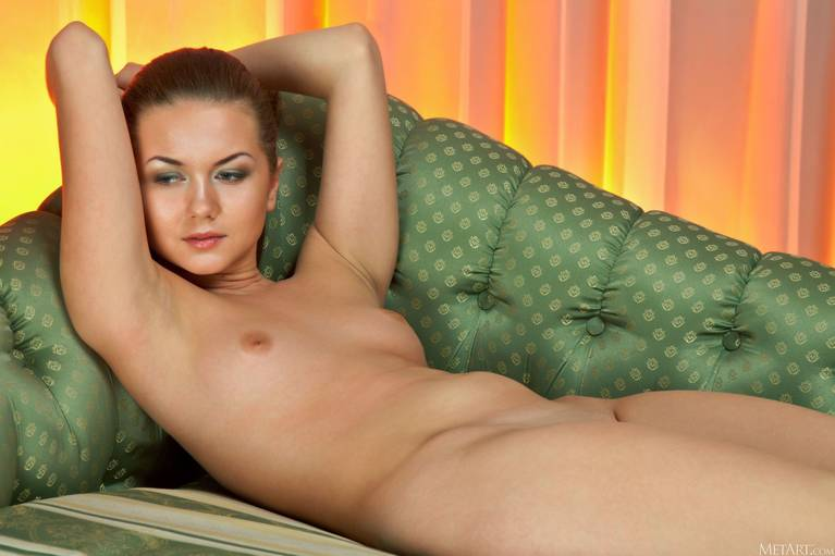Andere A Nude 115
