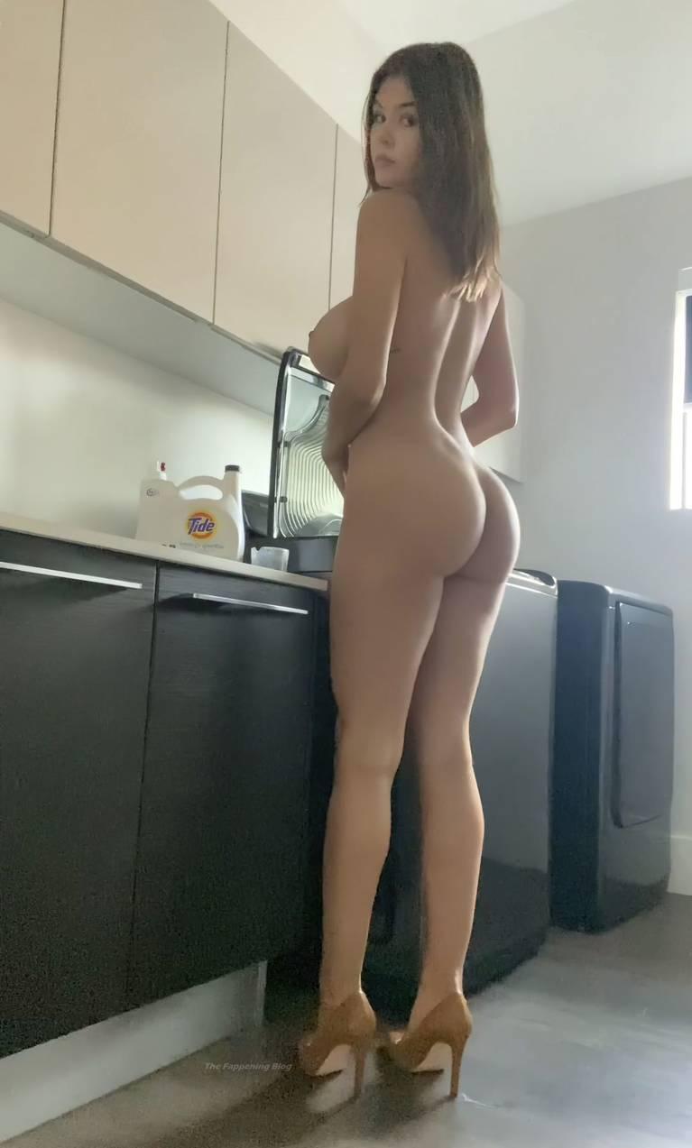 Ashley Tervort Nude 4