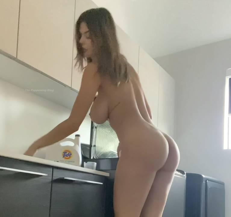 Ashley Tervort Nude 11