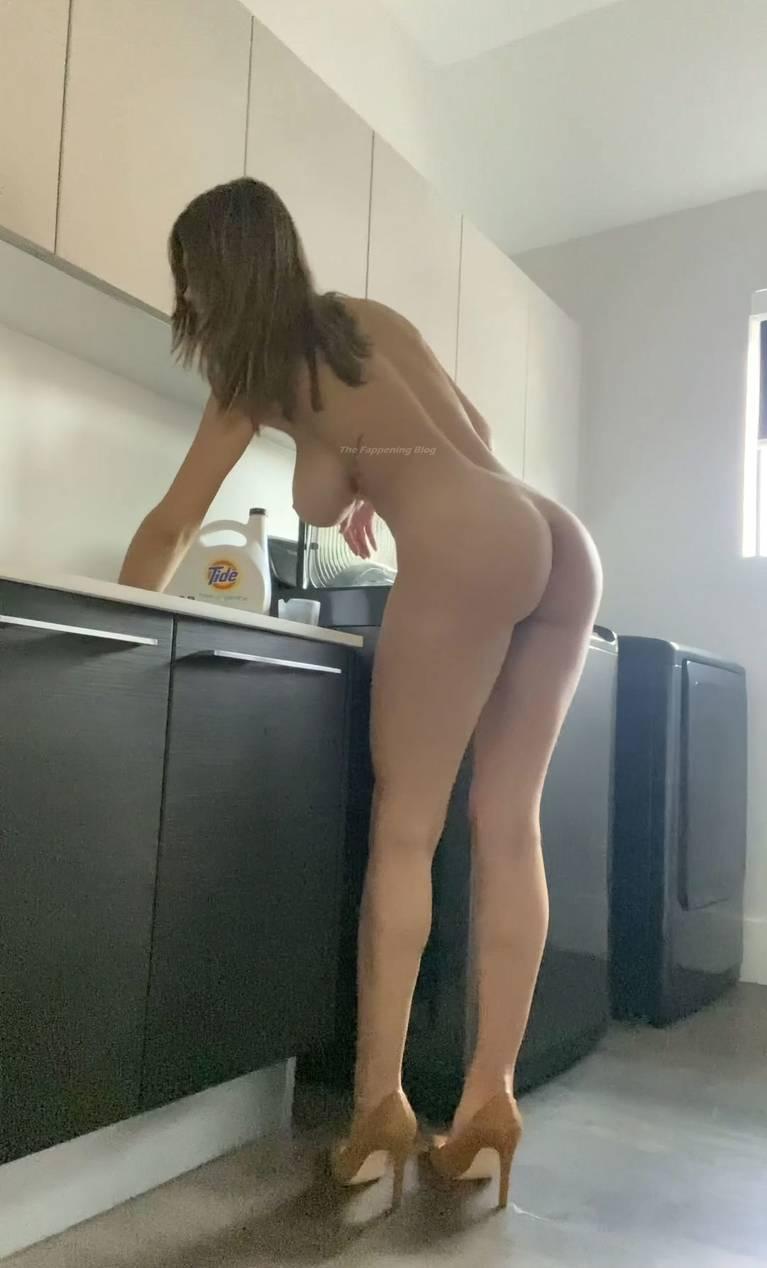 Ashley Tervort Nude 12