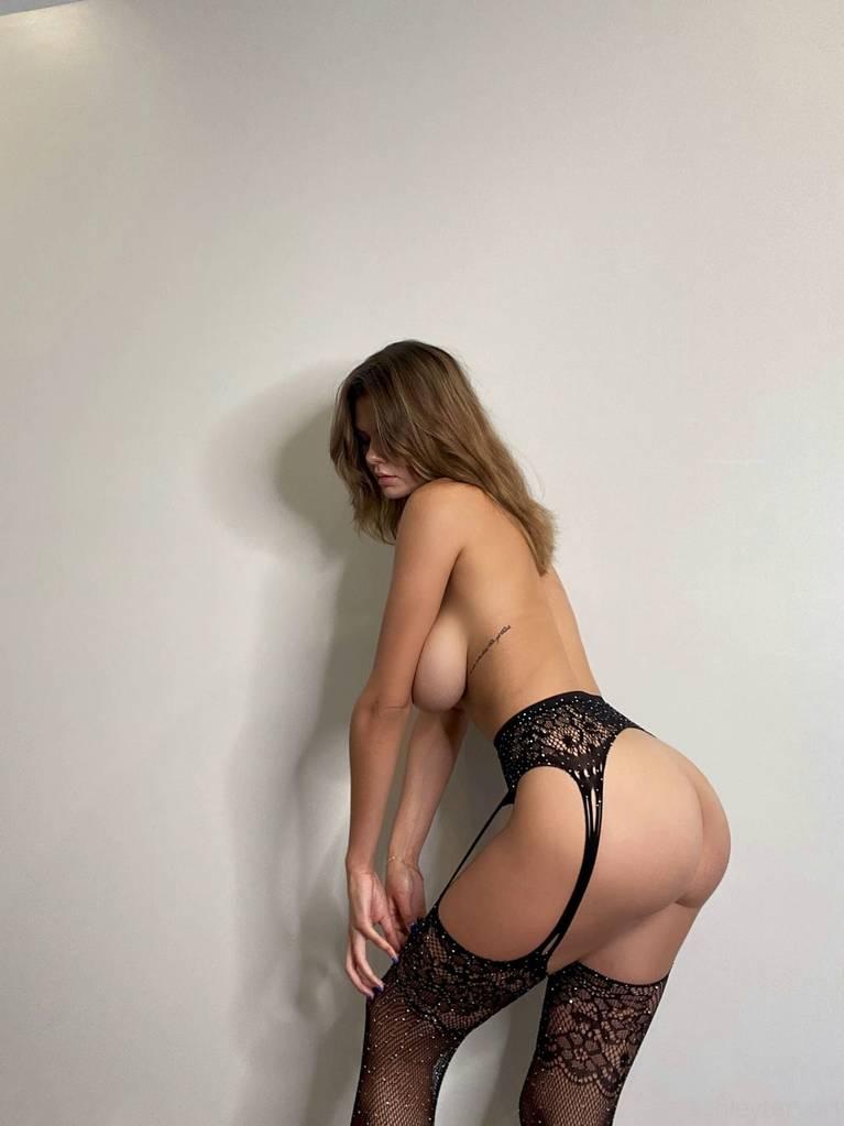 Ashley Tervort Nude Sexy 10