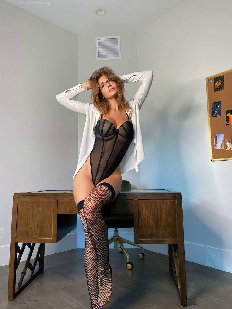 Ashley Tervort Nude Sexy 24