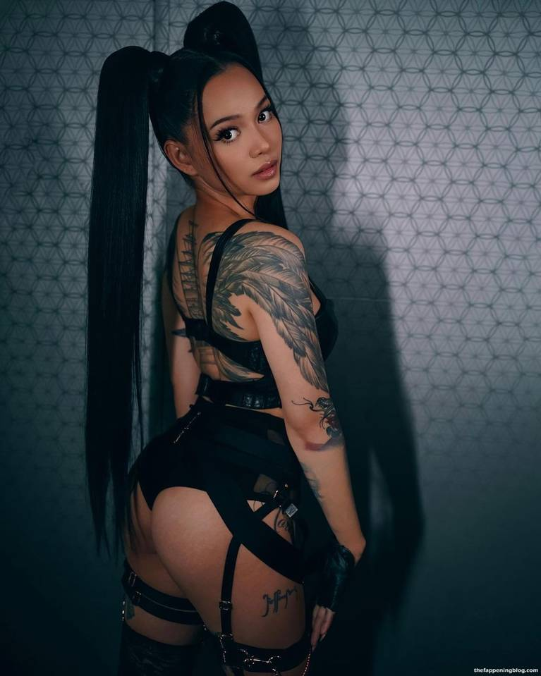 Bella Poarch Sexy 5