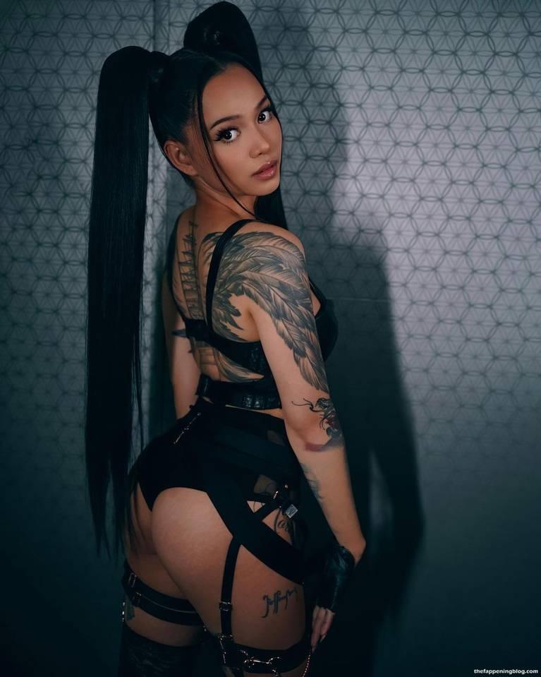 Bella Poarch Sexy 14