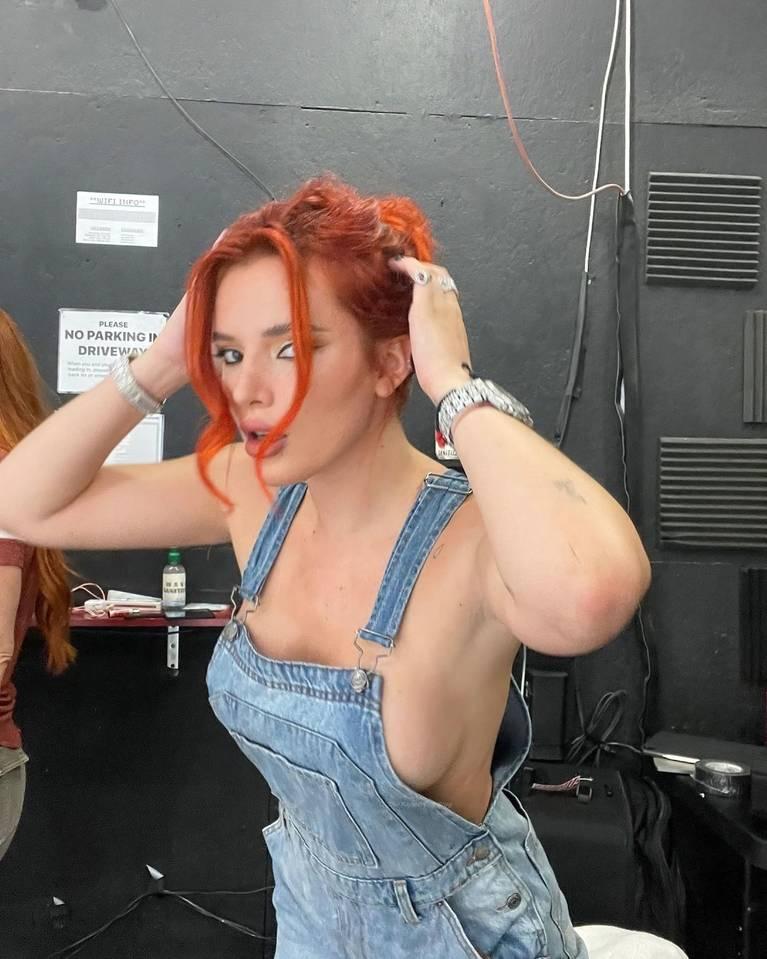 Bella Thorne Sexy 1