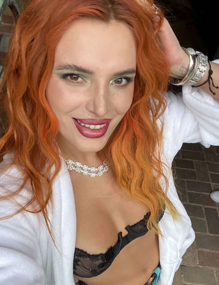 Bella Thorne Nude Sexy 5