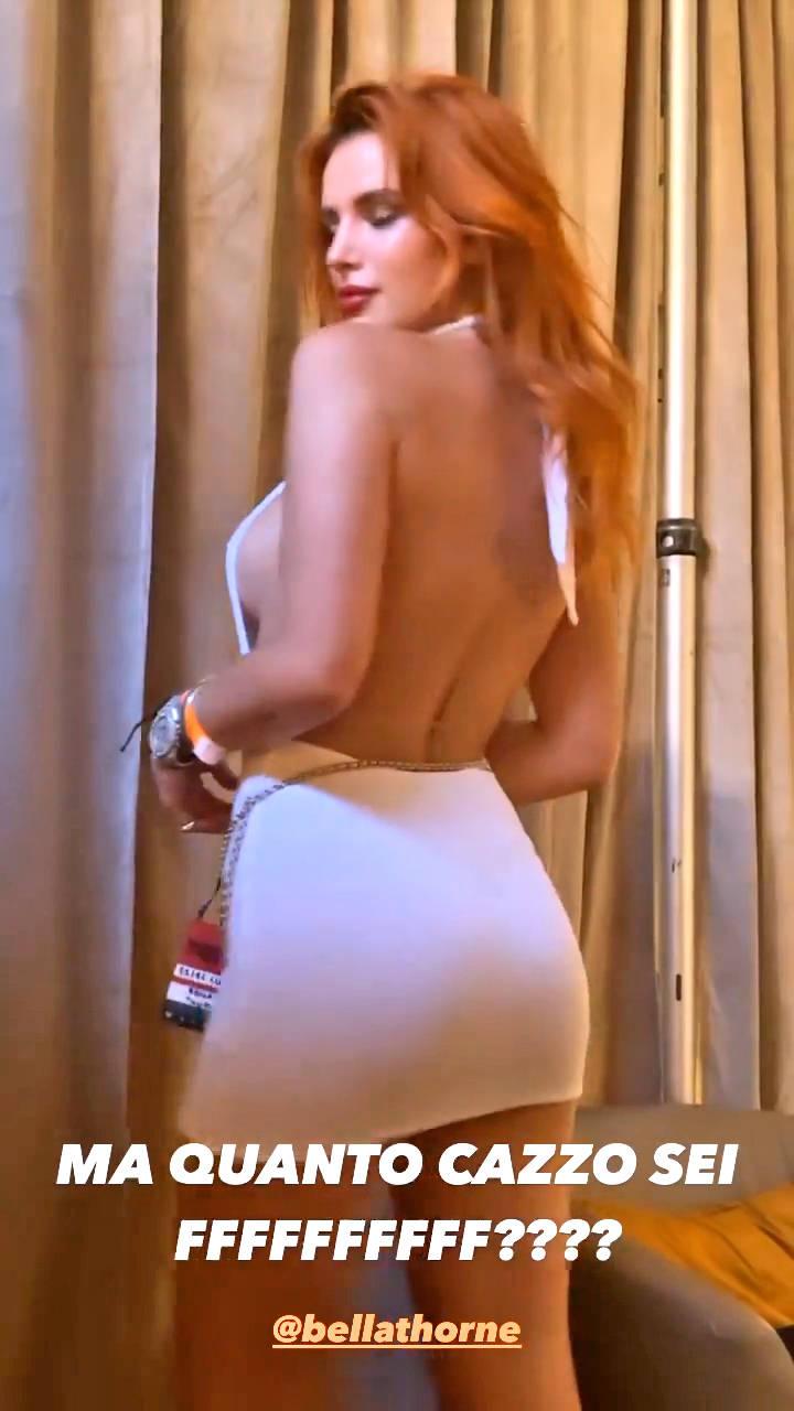 Bella Thorne Nude Sexy 17