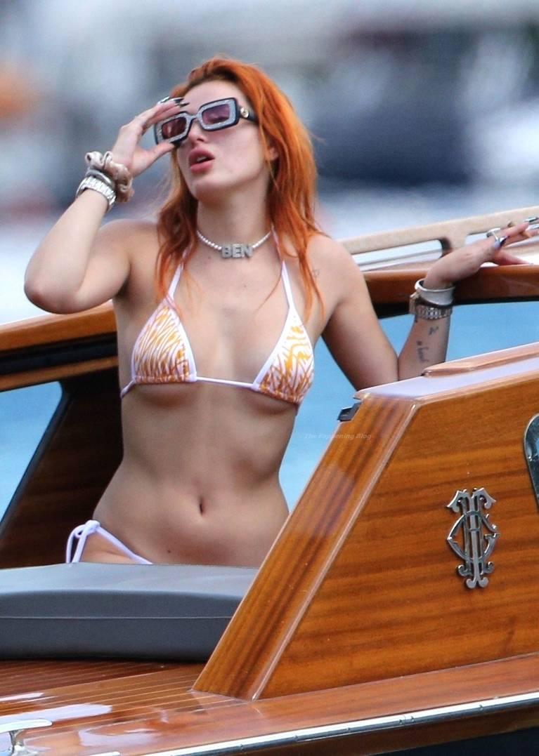 Bella Thorne Sexy 36