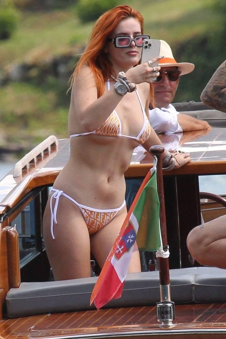 Bella Thorne Sexy 63