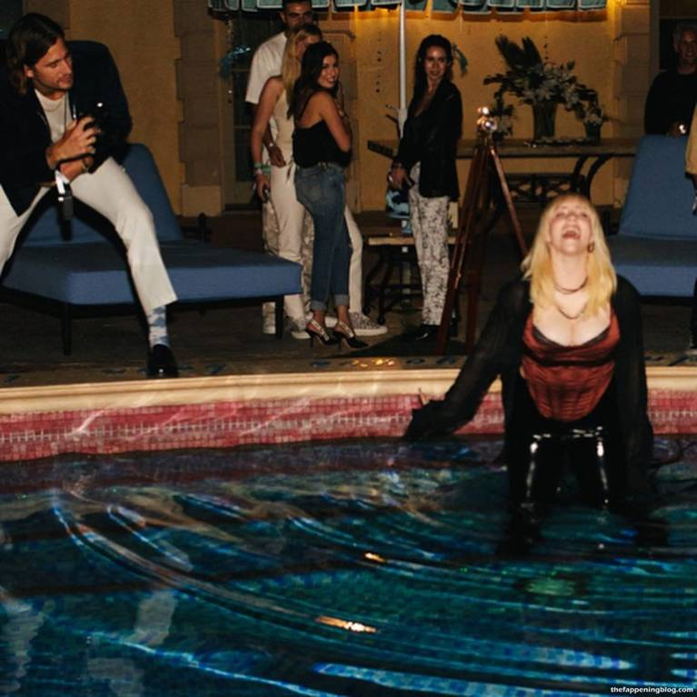 Billie Eilish Sexy 7