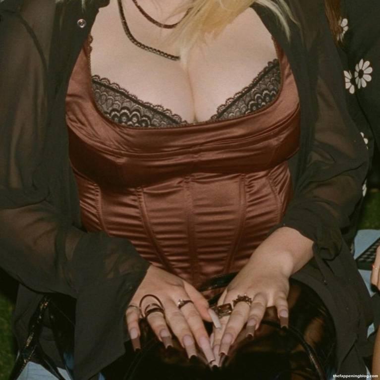 Billie Eilish Sexy 11