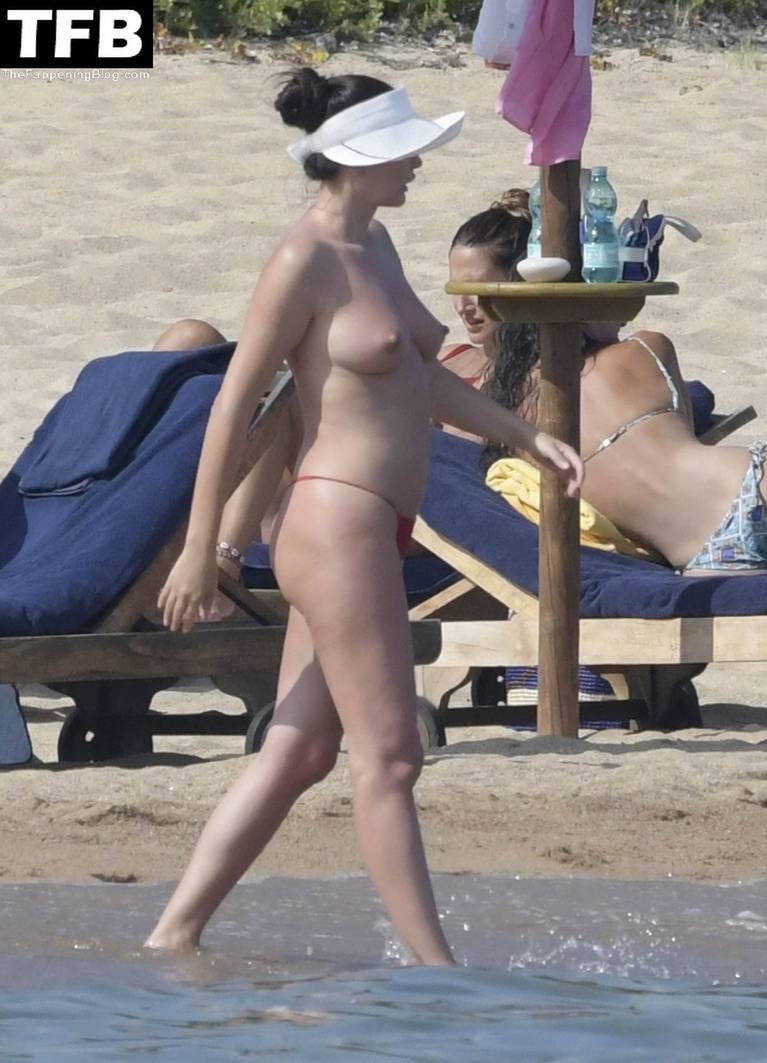 Bleona Qereti Nude Sexy 5