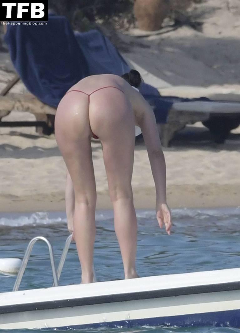 Bleona Qereti Nude Sexy 16