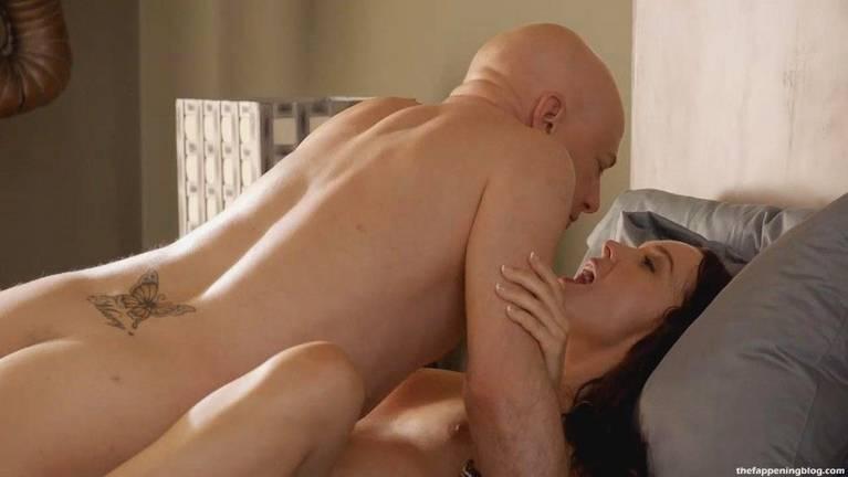 Camilla Luddington Nude Sexy 4