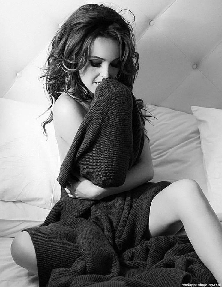 Camilla Luddington Nude Sexy 82