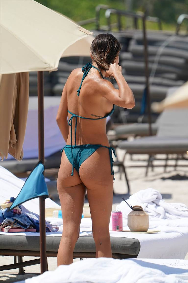 Chantel Jeffries on Beach Bikini 84