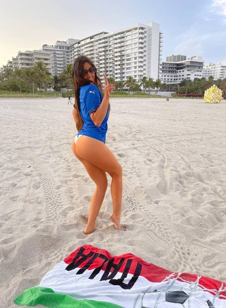 Claudia Romani Sexy 7