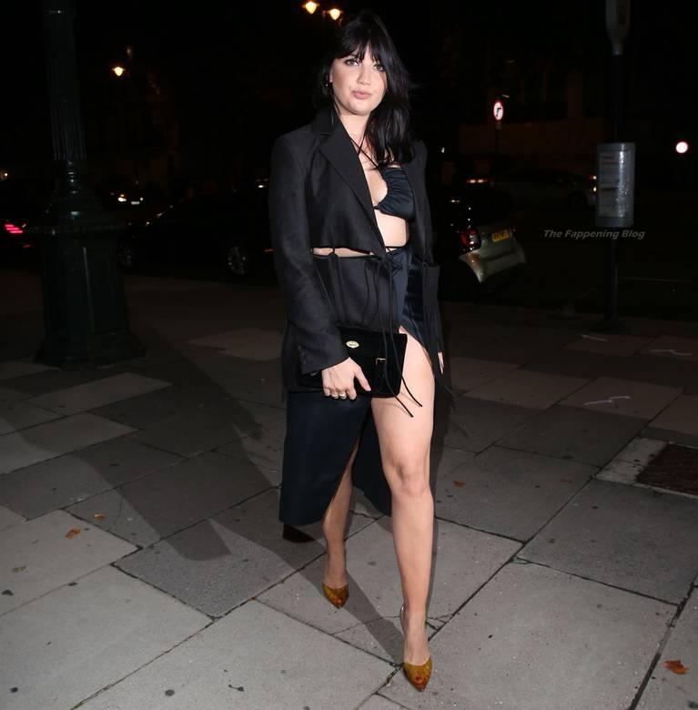 Daisy Lowe Sexy Legs 11