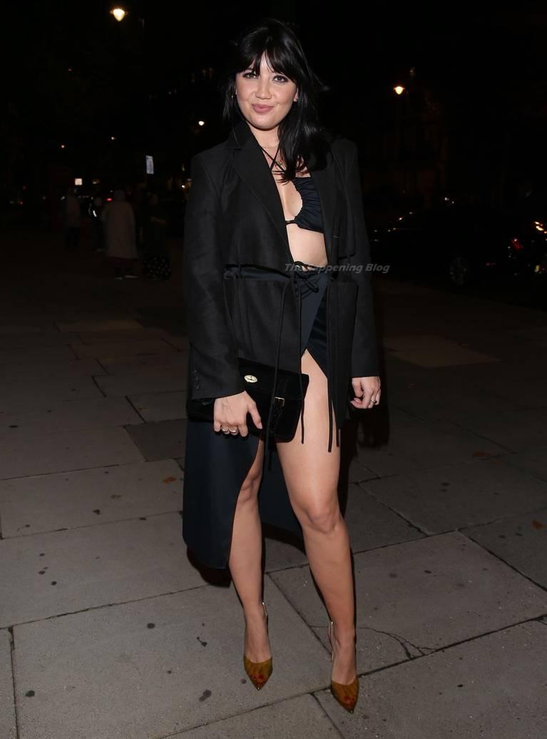 Daisy Lowe Sexy Legs 12