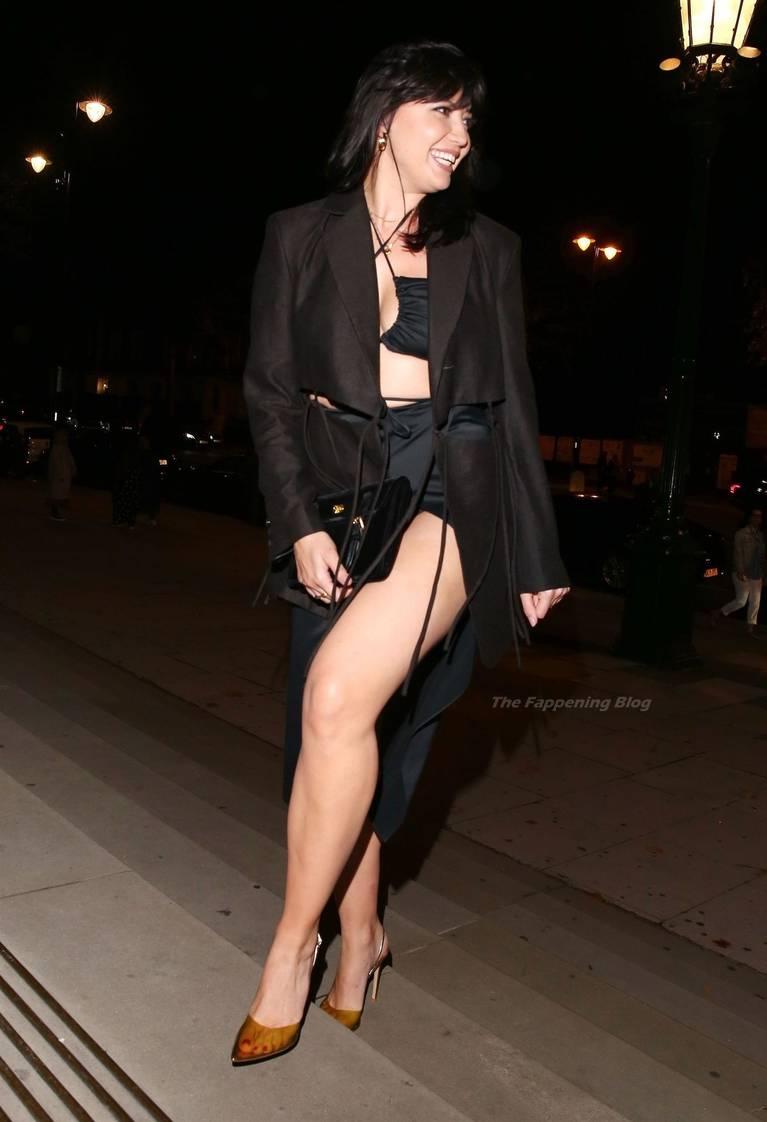 Daisy Lowe Sexy Legs 26