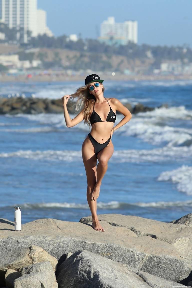 Elena Jole Bikini 5