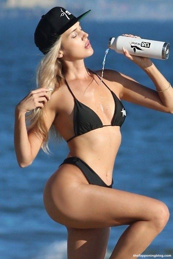 Elena Jole Bikini 13