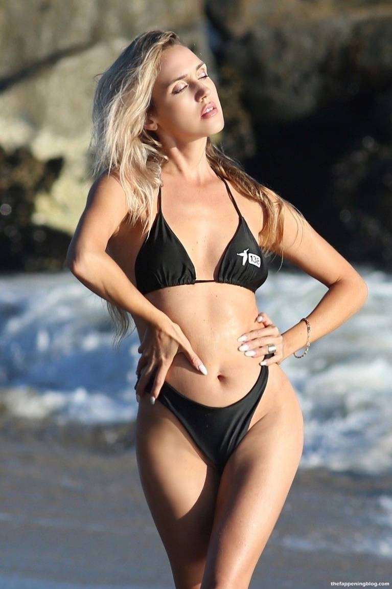 Elena Jole Bikini 20