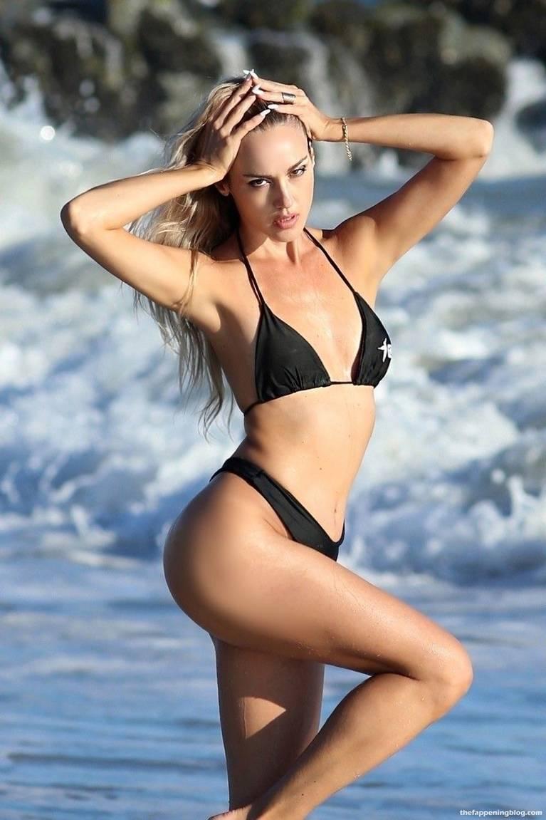 Elena Jole Bikini 24