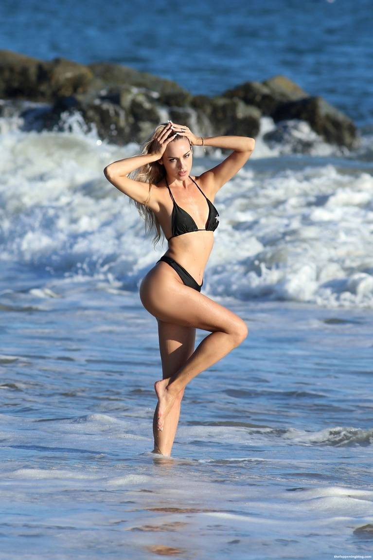 Elena Jole Bikini 25