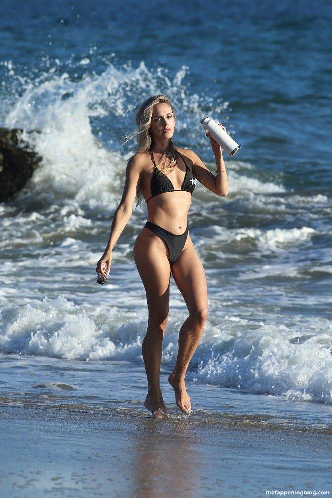 Elena Jole Bikini 41