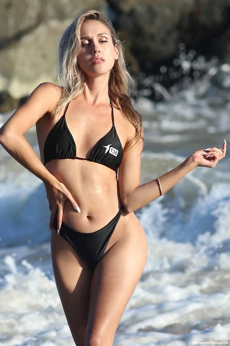 Elena Jole Bikini 47