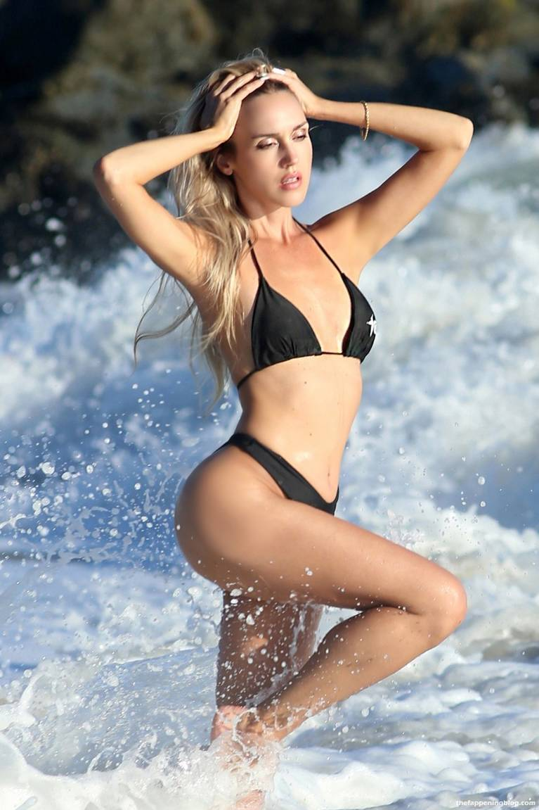 Elena Jole Bikini 49