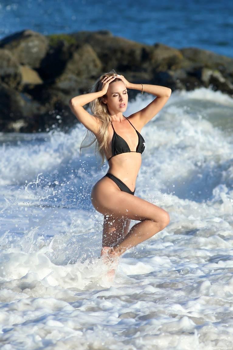Elena Jole Bikini 50