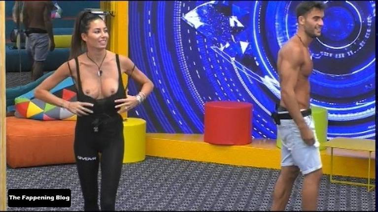 Elisabetta Gregoraci Nude 35