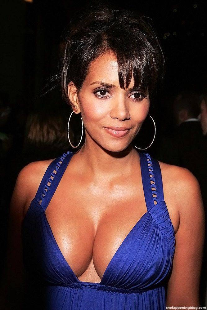 Halle Berry Naked Sexy 12