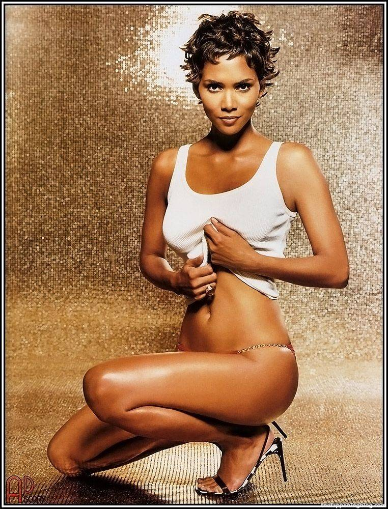 Halle Berry Naked Sexy 18