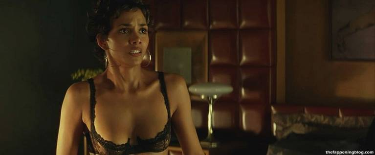 Halle Berry Naked Sexy 49