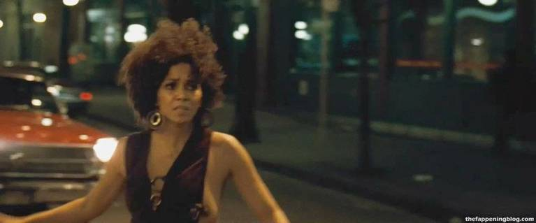 Halle Berry Naked Sexy 70