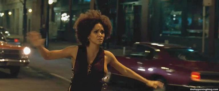 Halle Berry Naked Sexy 71