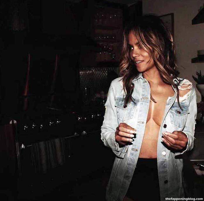 Halle Berry Naked Sexy 84