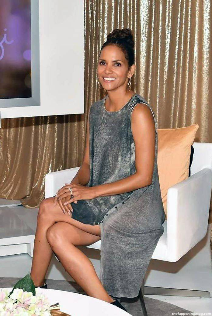 Halle Berry Naked Sexy 88