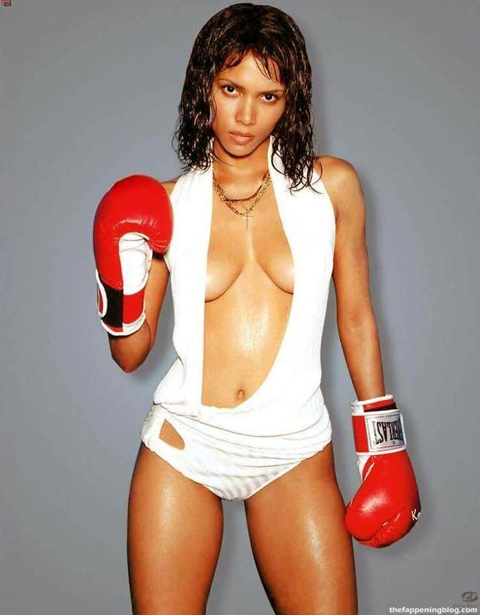 Halle Berry Naked Sexy 108