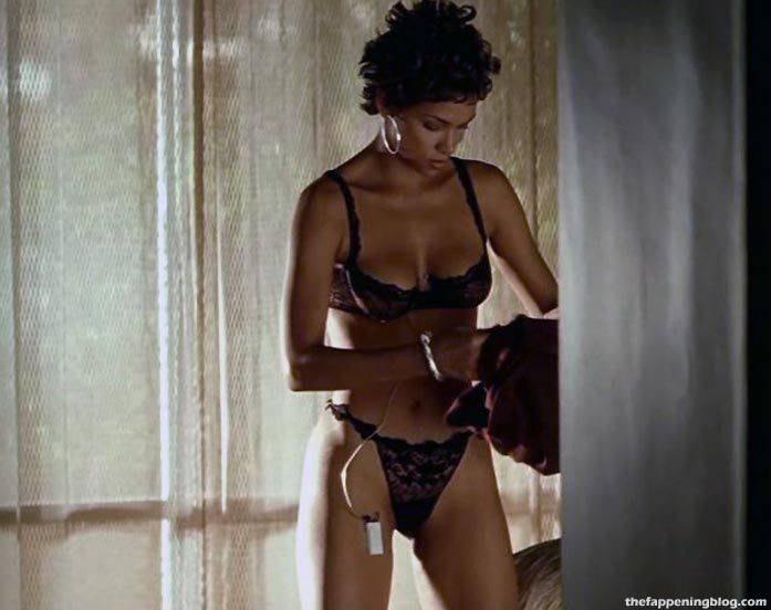 Halle Berry Naked Sexy 121